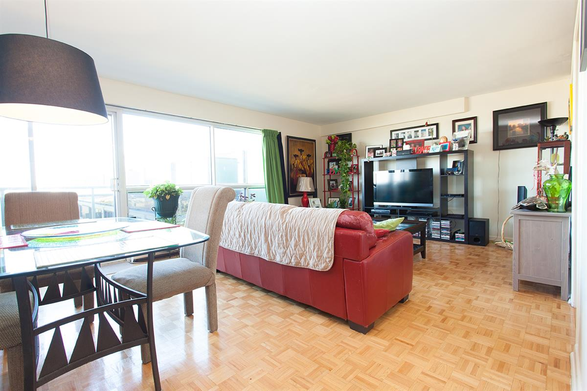 Apartment units near University of Ottawa, Downtown Ottawa ...