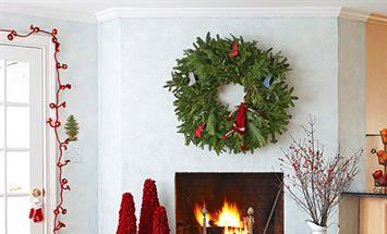 Paramount Properties Blog - 5 Simple Ways to Decorate Your Apartment for the Holidays